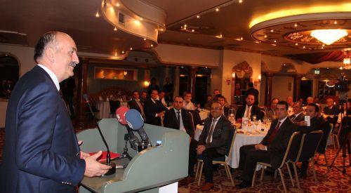 T.C. Sağlık Bakanı Müezzinoğlu Bursa'da Batı Trakyalı Dostlar Grubu ile buluştu