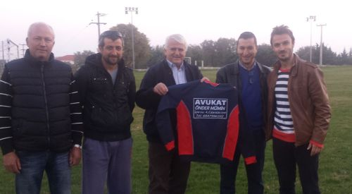 Eyalet Meclis Üyesi Önder Mümin'den Amatör Futbol'a Destek