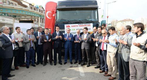 Batı Trakyalı Belediye Başkanı'ndan Bayırbucak Türkmenlerine Yardım