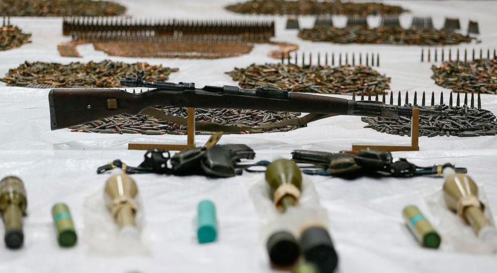Dedeağaç'da 3 kişi çok sayıda silah ve mermi ile yakalandı