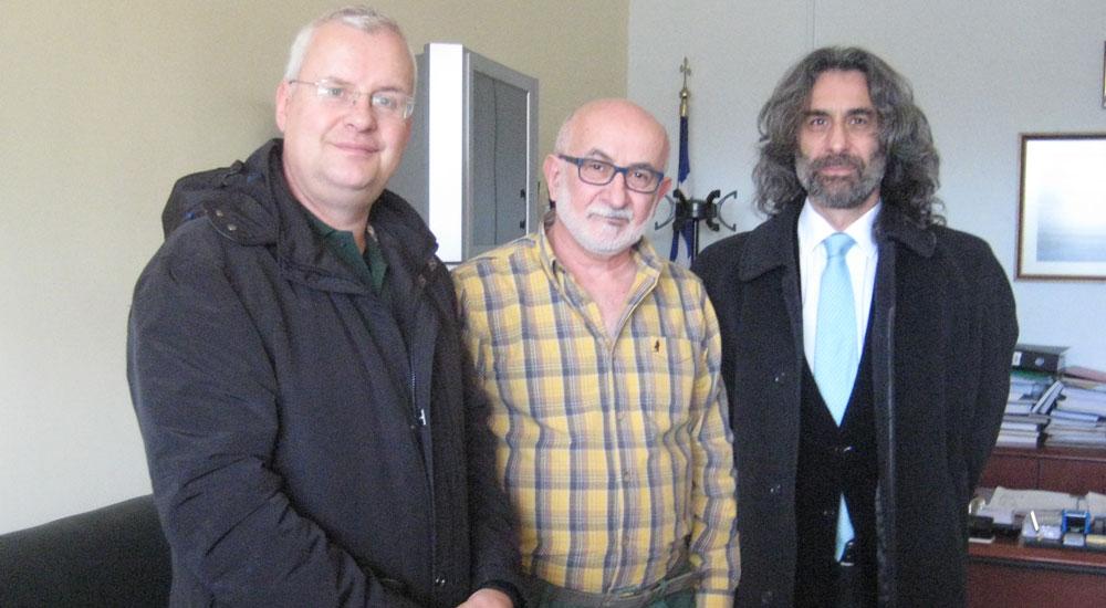İlhan Ahmet Gümücine Hastanesini Ziyaret Etti