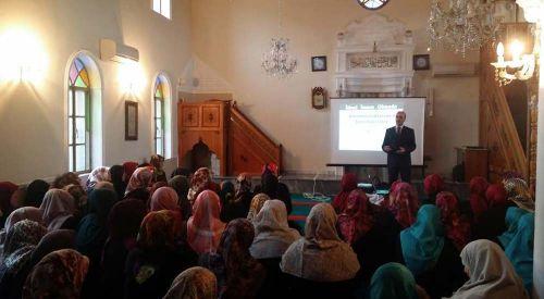 Yetişkin Bayan Kur'an Kursu Öğrencilerine Seminer Verildi