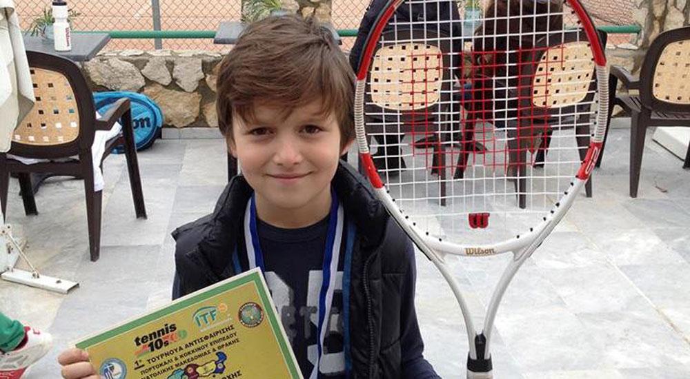 Gümülcineli minik Alp Kâmil Kavala'da madalya kazandı