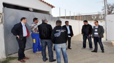 Gümülcine Belediye Başkanı Yorgos Petridis Harmanlık mahallesini gezdi