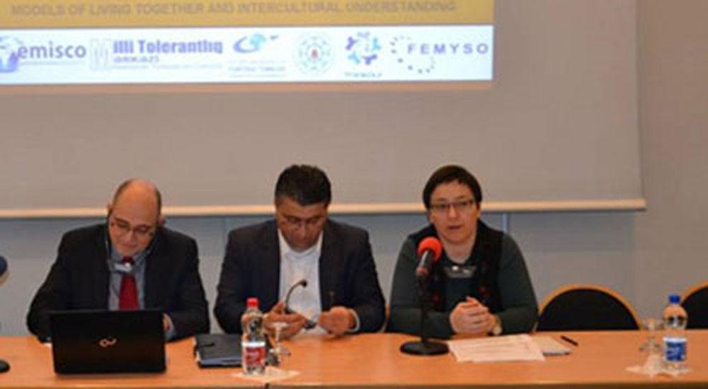 Pervin Hayrullah: Demokrasinin Beşiği Yunanistan Artık Demokratik Yasakların Örneği Oldu