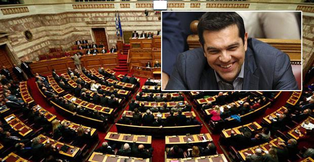 """Yeni """"Kemer Sıkma"""" Paketi Parlamentodan Geçti"""