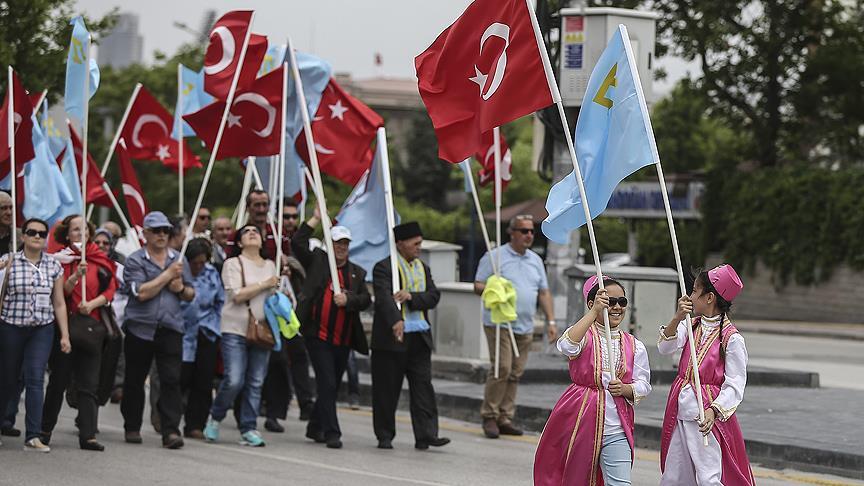 Sürgün Edilen Kırım Tatar Türkleri 'Matem Mitingi' ile Anıldı
