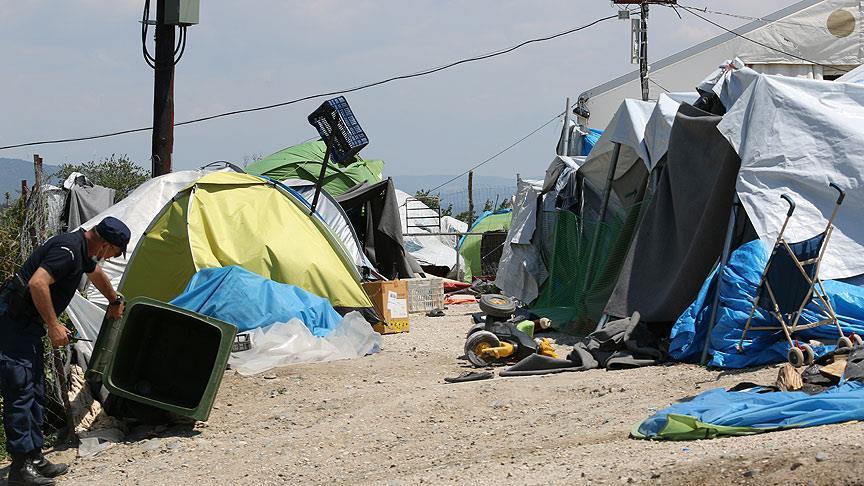 İdomeni'deki Kamplar Boşaltıldı