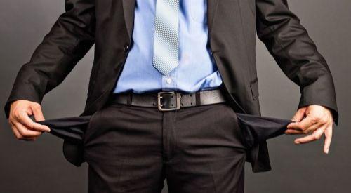 Oι έξι φόροι που αδειάζουν τις τσέπες μας