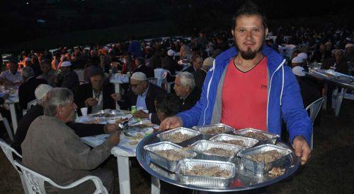 Rodop ilinde ilk iftarı Hebilköy düzenledi