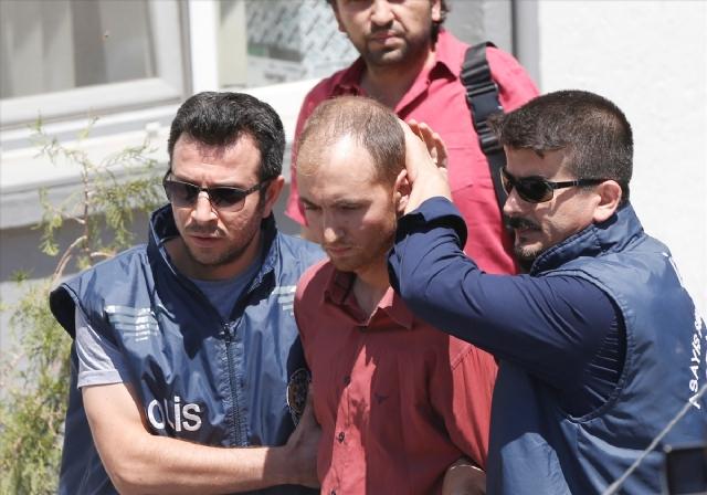 Yunanistan'a Kaçtığı İddia Edilen Seri Katil Yakalandı