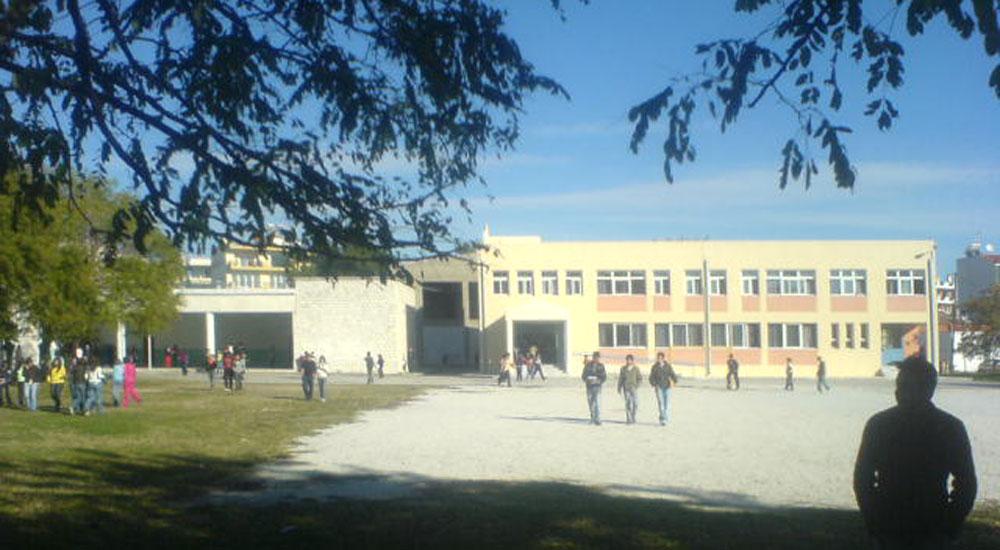 Celal Bayar Azınlık Ortaokulu'na kayıtlar başladı
