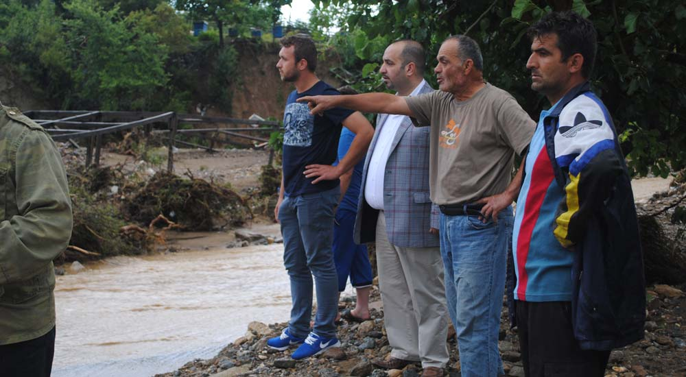 Mustafa Ali Çavuş zarar gören köyleri ziyaret etti