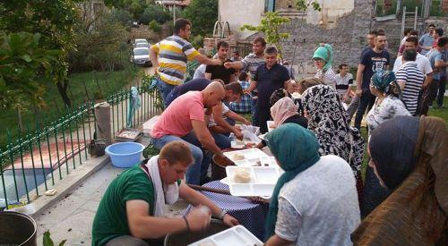 Fıçıllı köyündeki iftar sofrasında samimiyet vardı