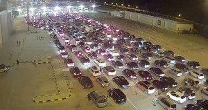 Türk Sınır Kapılarında 26 Km Kuyruk Oluştu