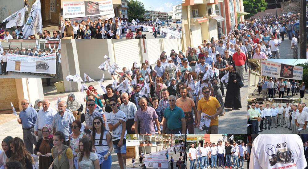 Batı Trakya Türkleri Azınlık Hakları ve Anavatandaki Darbeye Karşı Yürüdü