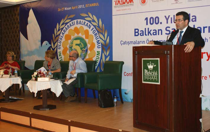 Batı Trakya Türkleri'nin sorunları Balkan Forumu'nda anlatıldı