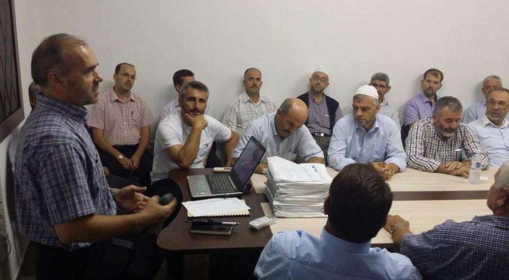 Kur'an Kursu öğreticilerine eğitim semineri verildi