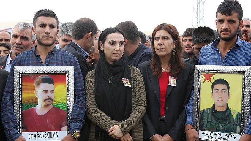 PKK'nın siyasi uzantısı HDP'nin 11 milletvekili yakalandı