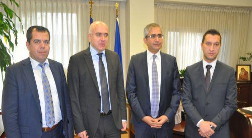 Başkonsolos Akıncı, Eyalet Başkanı Metios'a başarılar diledi