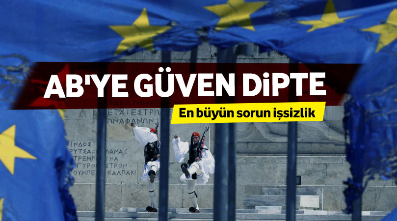 Eurobarometre: Yunanistan'da AB'ye güven dipte