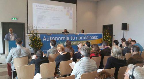 DEB Başkanı Ali Çavuş EFA kongresinde sorunlarımızı anlattı