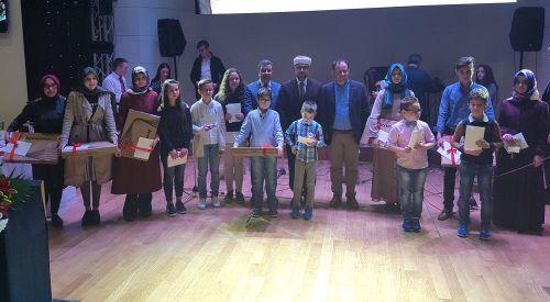 Foto Haber | Kitap yıldızları ödüllerine kavuştu