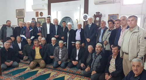 Akıncı ve Karslıoğlu'dan Şapçı'ya Cuma ziyareti