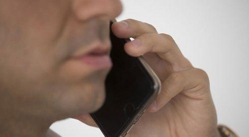 'Cep telefonunuzu kalbinizden ve beyninizden uzak tutun'