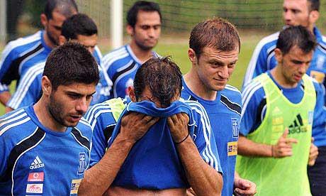 Ekonomik kriz futbolcuları da vurdu