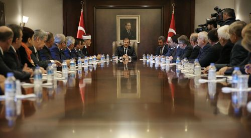 T.C. Başbakan Yardımcısı Hakan Çavuşoğlu, Batı Trakya Türk Azınlığı DK heyetini kabul etti