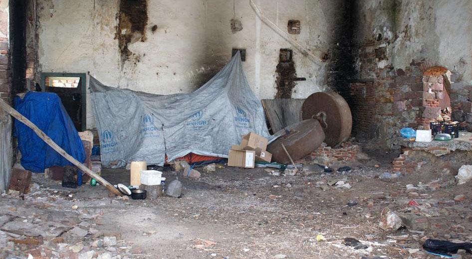Yunanistan'da binlerce sığınmacı zor durumda