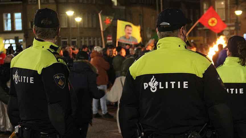 PYD/PKK destekçileri Türklere saldırdı