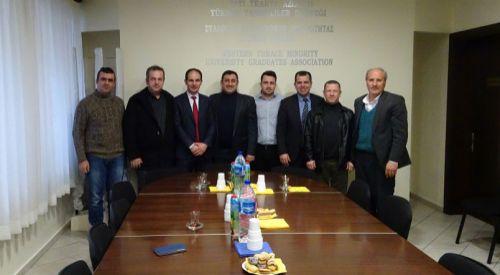 Eyalet meclis üyeleri Yüksek Tahsilliler Derneğini ziyaret etti