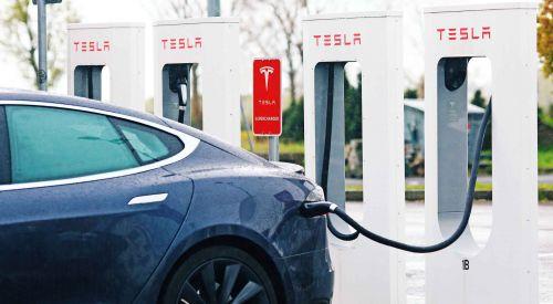 Tesla, Yunanistan'da Ar-Ge tesisi kuracak