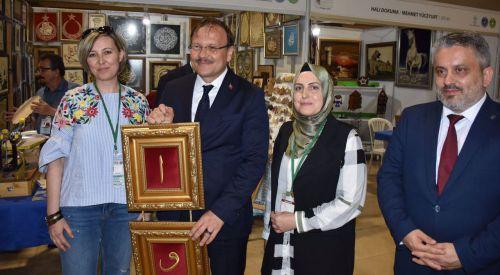 Gümülcine Türk Gençler Birliği ekibi Bursa'da el sanatları festivaline katıldı