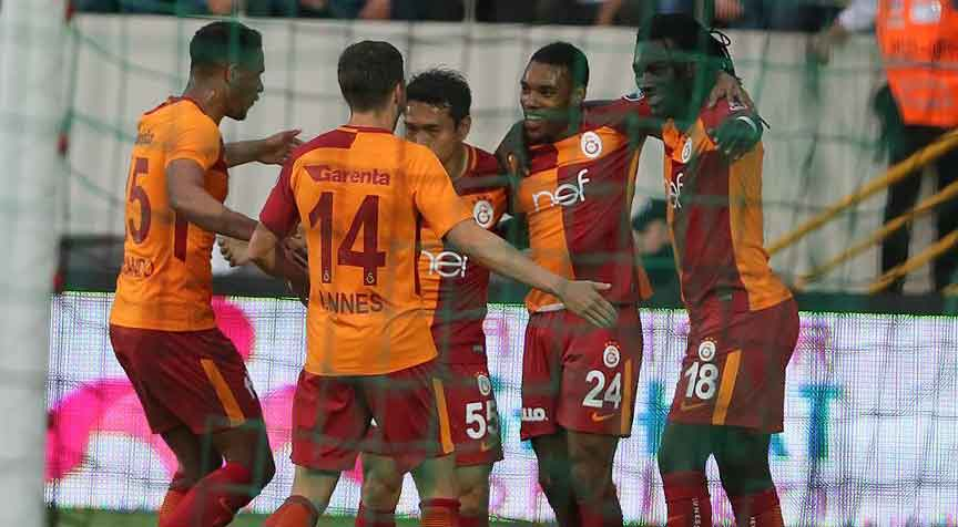 Galatasaray'dan şampiyonluğa bir adım daha
